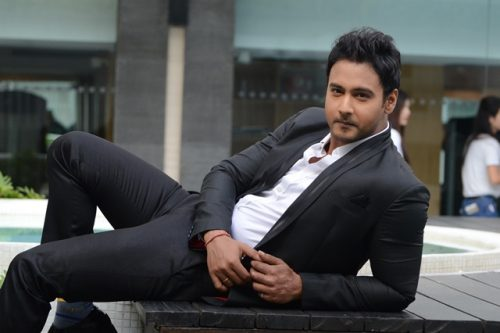Yash Dasgupta Wedding Photos, Family Pictures, Marriage Pics | hollywood  celebrity news | american celebrity news