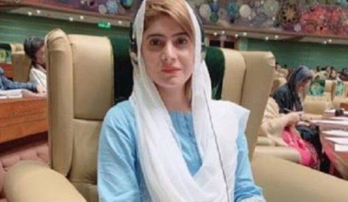 dua bhutto age 2