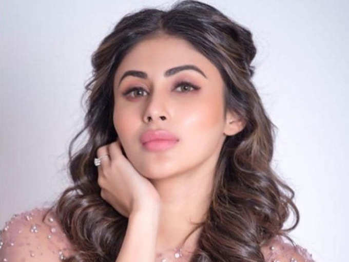 mouni roy old pictures 9