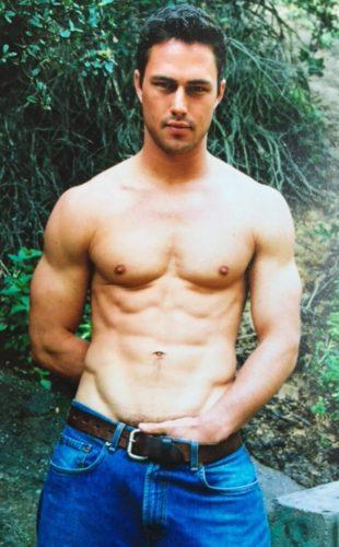 taylor kinney shirtless 3